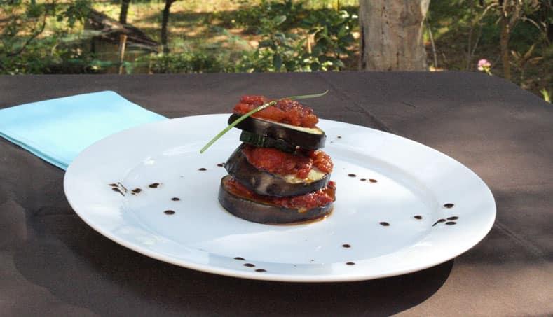 Mille Feuille D Aubergine De Courgette Et De Tomates Concassees