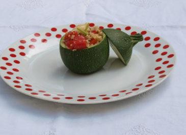 Courgettes rondes farcies au boulgour, quinoa et poivron (vegan)