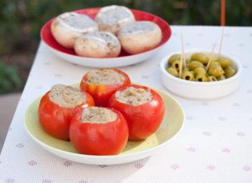 Tomates farcies à l'avocat (vegan, sans gluten)