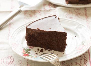 Gâteau au chocolat sans gluten moelleux (vegan) ~ Petit cours de pâtisserie végétale