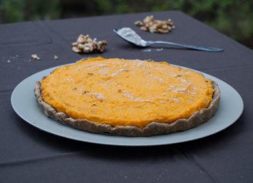 Tarte sans gluten à la courge butternut et tofu fumé (vegan)