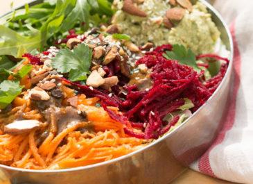 Super salade vitaminée et sa super sauce (vegan)