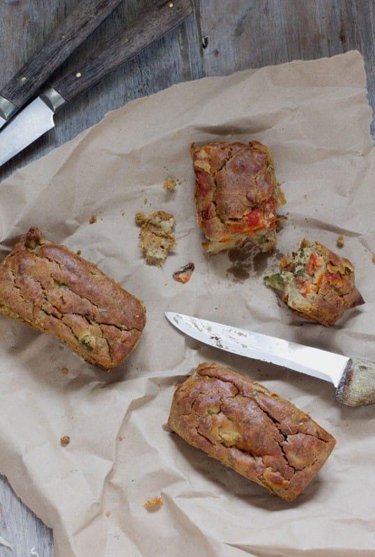 Petits cakes fondants aux légumes, coco et origan