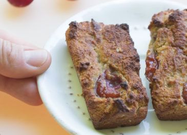 Petits cakes à la farine de coco et aux cerises (vegan)