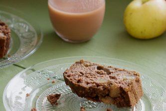 Cake à la patate douce, cannelle et raisins secs (vegan, sans gluten)