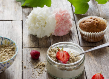 Yaourt de soja maison aux flocons et aux graines (vegan)