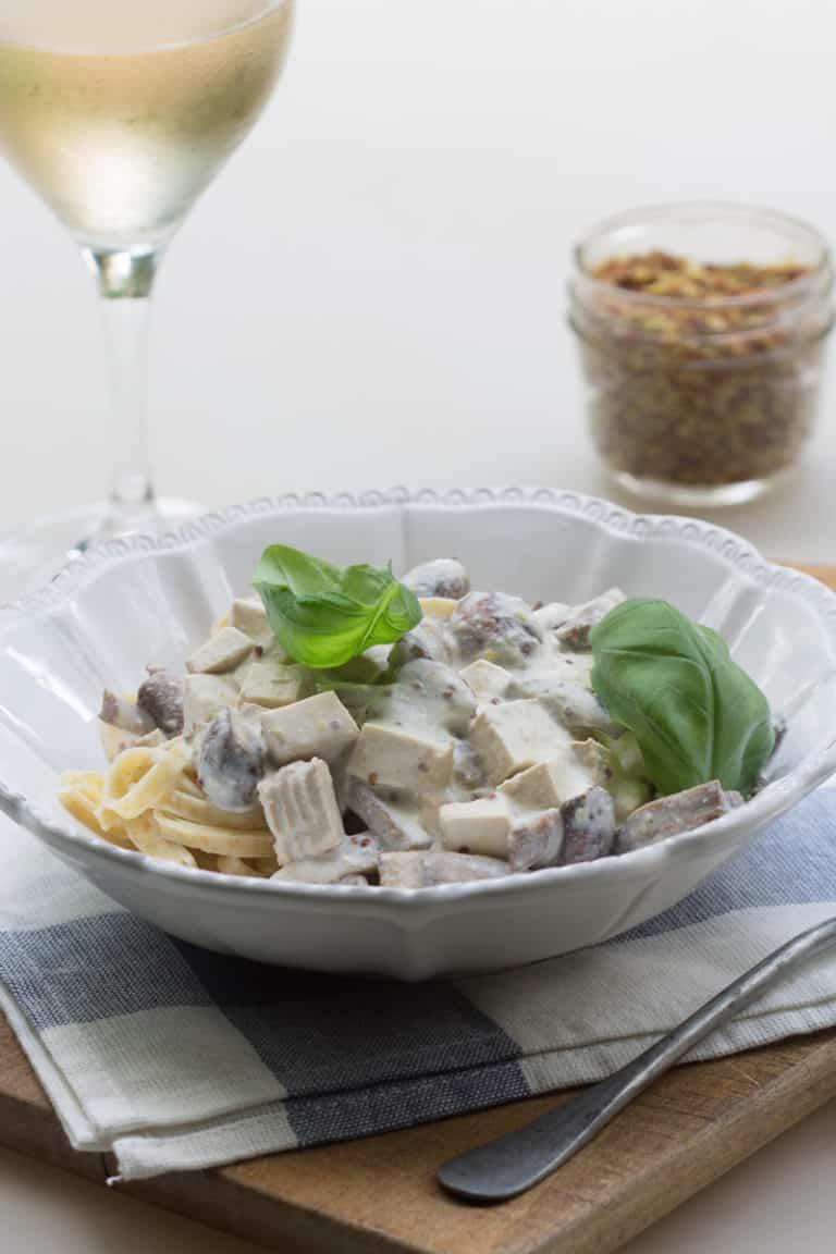 Pâtes aux champignons et tofu fumé