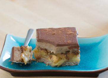 Entremets sans gluten aux pommes et aux deux chocolats (vegan)