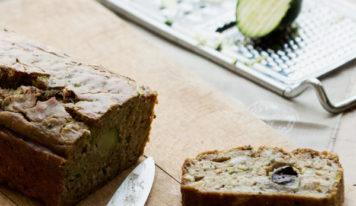 Cake sans gluten aux courgettes et aux olives (vegan, sans gluten)