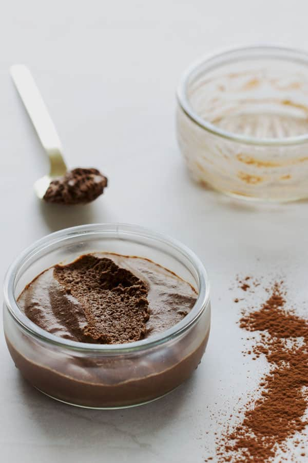 Mousse au chocolat et avocat