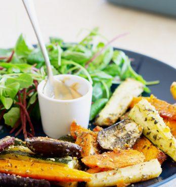 Légumes rôtis et purée de cacahuètes (vegan, sans gluten)